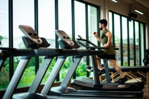 Fitness health trackers help you at the gym